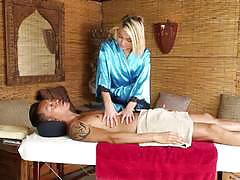 Kota skye gives a full on massage with extras