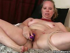 Mommy toying her bright pink pussy