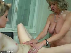 Oldnanny lesbian couple crazy mature learn masturbate sexy girl