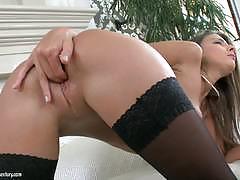 Melena tara masturbating