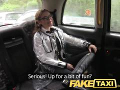 Faketaxi petite australian woman with a very tight ass hole