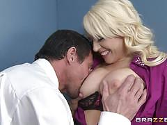 Secretary kagney linn karter fucks her colleague at work