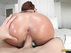 Savannah fox sucks hard on a big cock