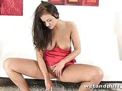 Gorgeous brunette masturbating