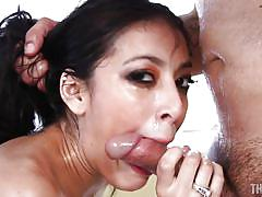 Brunette pussycat gets face fucked