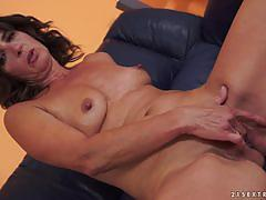 Mature woman makes his cock explode