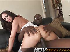Jada stevens takes a huge black cock
