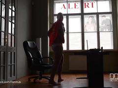Super hero fucks lonesome wife kitana lure in her ass