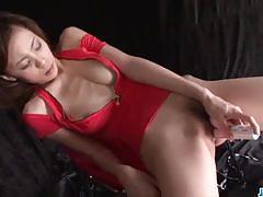 Japanese amateur dildo fucks her hot pussy