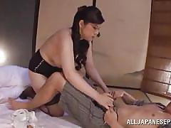Mature slut can sensually suck a penis