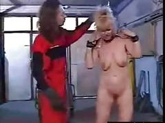 Blonde slut has a session thats too freaky