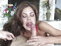 Seducing lady sucking dick