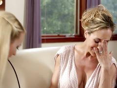 Not mommy's girl - carmen callaway, brandi love