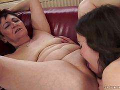 Gloria cruise gets fisted in her hairy minge