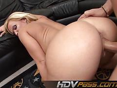 Blonde milf austin taylor fucked from behind