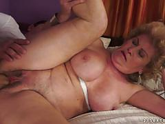 Saggy old effie stuffed in her hairy minge