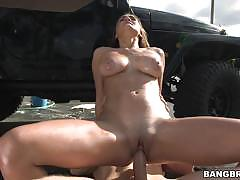 Big breasted babe tiffany wells is wet and ready