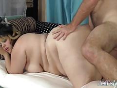 Chubby buxom bella gets her pussy slammed