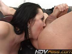 Dirty milf rayvenes using her mouth well