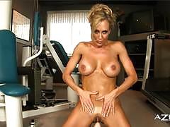 Fit babe riding a sybian