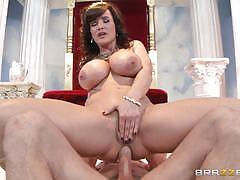 Goddess lisa ann orders a huge dick
