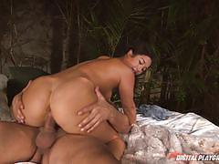 Eva lovia loves to fuck big dicks