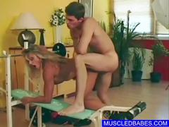 Sportive babe fucks in the gym
