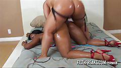 Filthfreaks - lesbian strap-on fuck