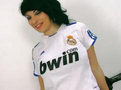 Amanda x - real madrid girl fanatic having sex - amandax folla a un aficionado
