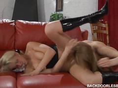 Susanna and rosa hot strapon anal sex - backdoor lesbians