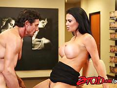 Jasmine jae fucks the store clarke