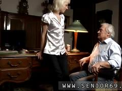 Fat old guy french kisses a floozy before a blowjob