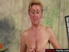 Short haired mature riding young dick in stockings