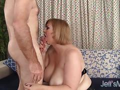 Racy bbw gets her pussy drilled