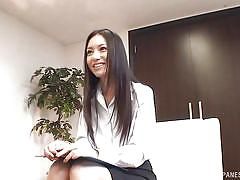 Hot couple does mutual masturbation in tokyo office
