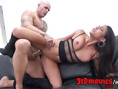 Gorgeous adriana luna loves to fuck