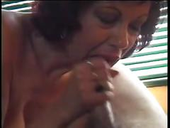 Milf gives blowjob