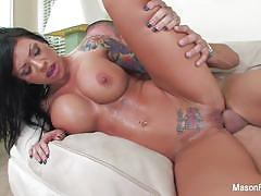 Brunette mason moore gets her pussy nailed