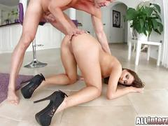 All internal babe gets her bubble butt filled with sticky cum