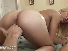 Blonde alyssa branch gets her pussy slammed