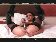 Filthy dirty talking british slut masterbates and squirts live on cam