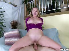 Brooke wydle  fucke din her wet pussy