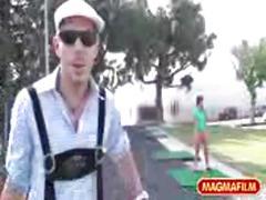 Magma film-hot mini golf lessons