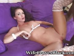 Beauty loves worshipping thick cock