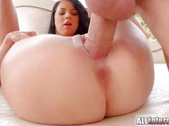 Allinternal closeup pussy creampie action