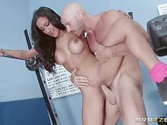 Brazzers network amia miley working out her pu...