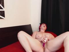 Curvy girl with multiple orgasms