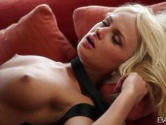 Babes ivana sugar gets a saucy nob job