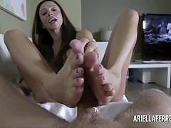 Ariella ferrera ariella ferrera plays with her...