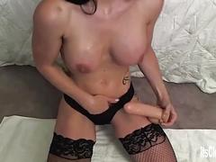 Its cleo tells you how to stroke your cock!